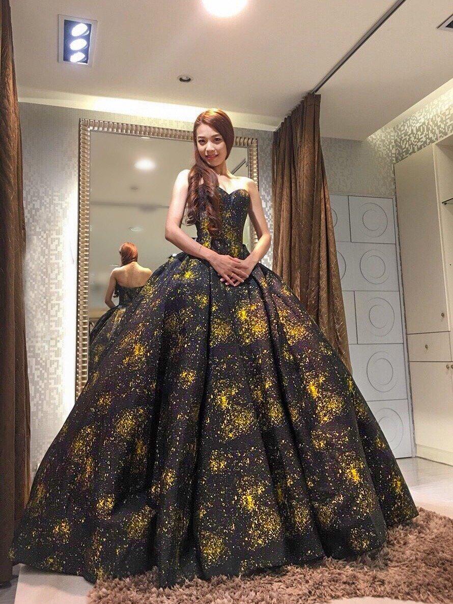 嘉義紐約紐約婚紗攝影-禮服試穿心得分享1